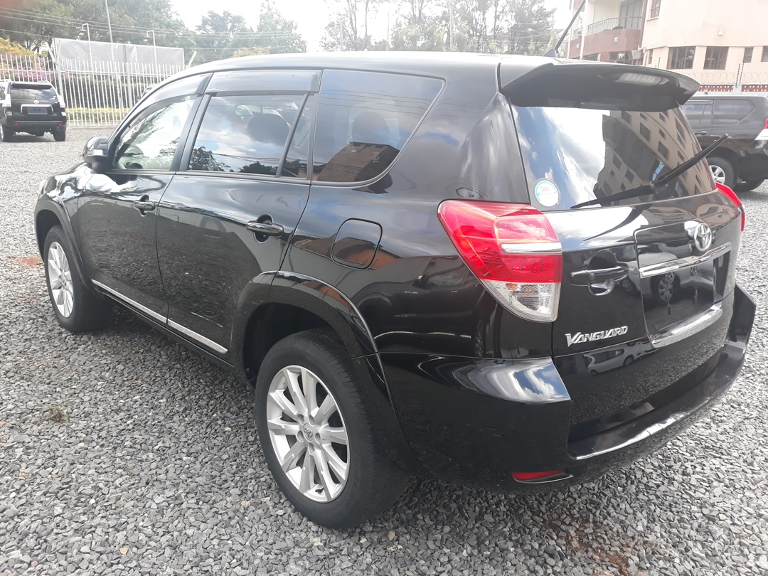 Toyota Vanguard – Yonan Motors