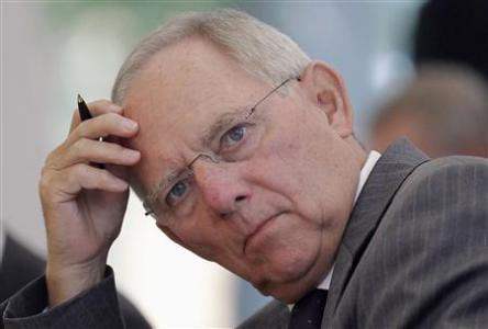 Germany's Finance Minister Wolfgang Schaeuble reacts during the hearing on the European Stability Mechanism (ESM) and the fiscal pact at German Constitutional Court in Karlsruhe July 10, 2012. REUTERS/Alex Domanski
