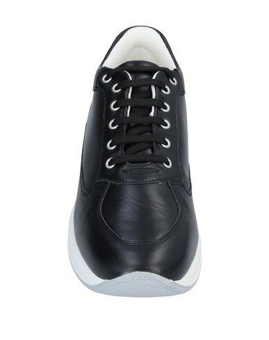 A.testoni Sneakers In Black | ModeSens