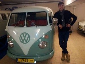 Picture of VW splitscreen at the VW Museum