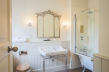 Stable Arches Boutique Hotel Hooton Pagnell Hall