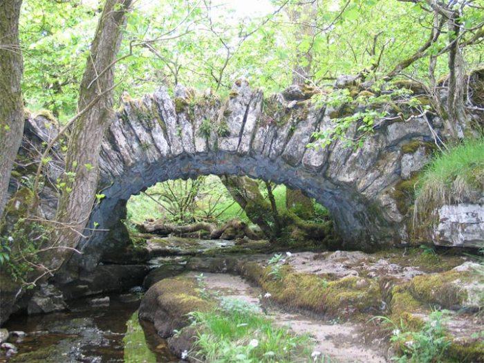 Crook Gill packhorse bridge, near Cray in Wharfedale