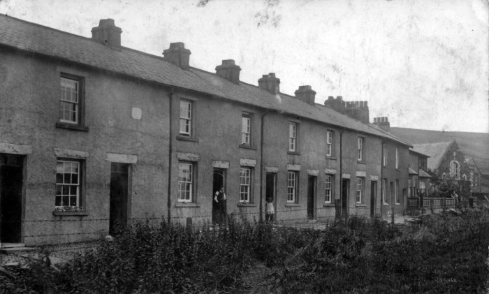 Woodend Terrace, Tebay, early 20th century. Courtesy of Heather Ballantyne