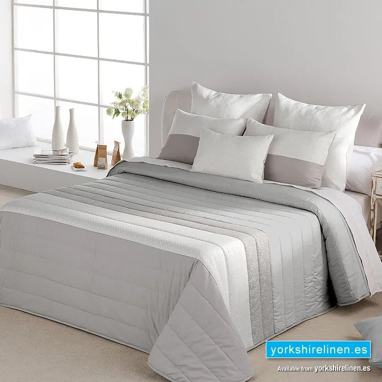 King Size Quilted Throw