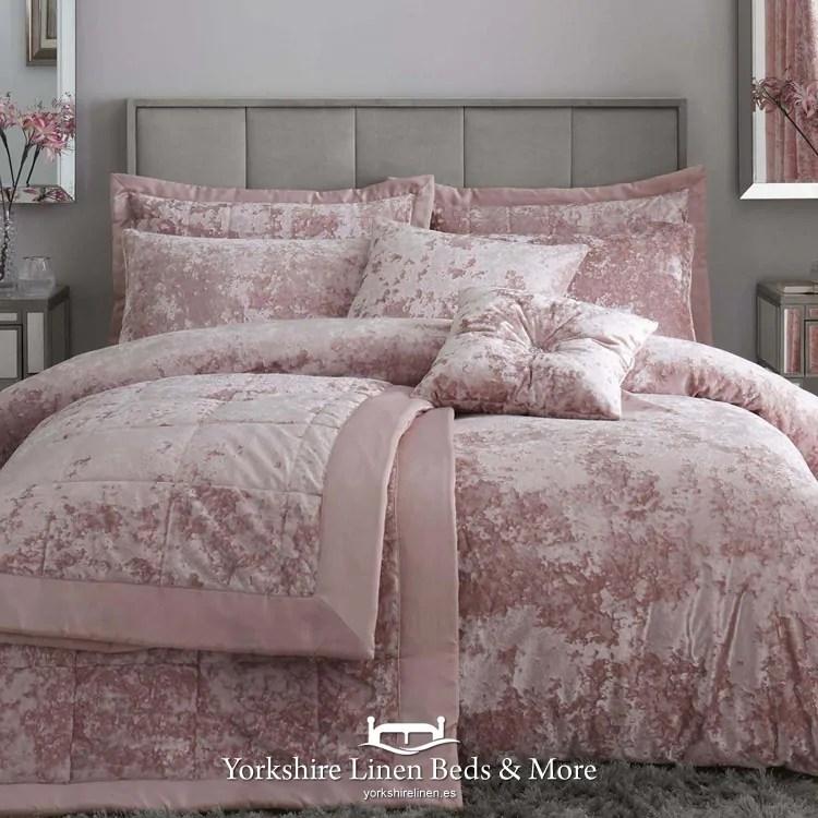 catherine lansfield crushed velvet duvet cover set blush pink
