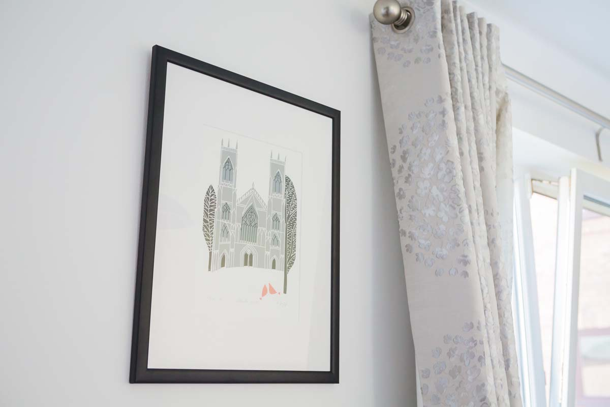 Cloisters Holiday Apartment York - Local Art