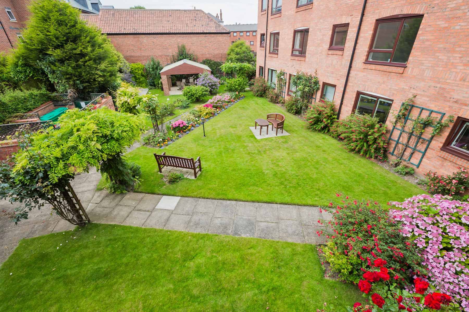 Cloisters Walk, Holiday Let, york stay, View of the Garden