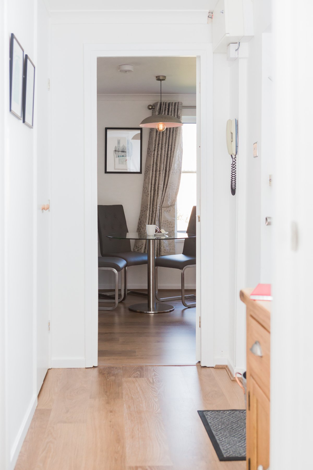 Cloisters Walk, Holiday Let, york stay, Hall