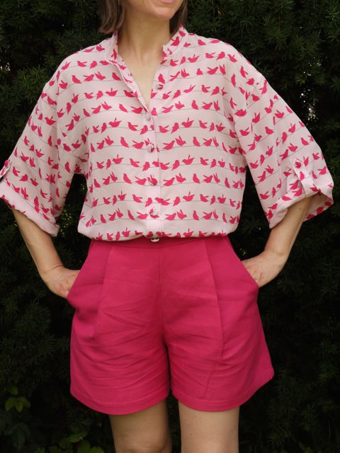 Ralph Pink Kimono Tabard shirt in silk crepe de chine and Burdastyle shorts in cotton/linen.