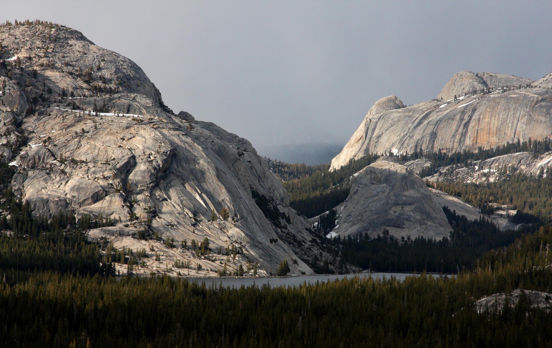 Falling Snow Desktop Wallpaper Free Yosemite Wallpaper Tenaya Lake From Olmsted Point