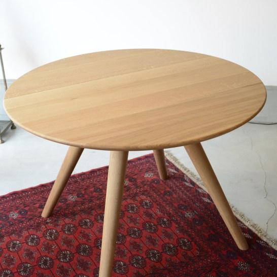 柳テーブル