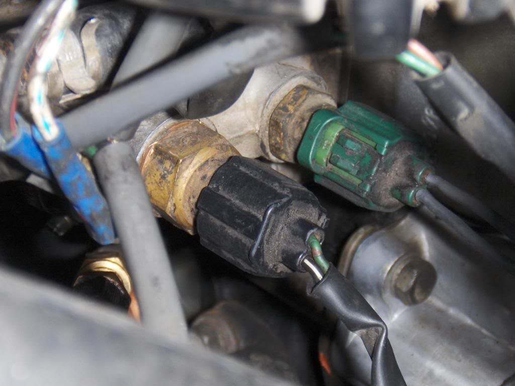 hight resolution of sensor next to coolant temp sensor on 90 22re what is it toyota 22re cooling diagram 22re sensor diagram