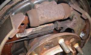 Self adjusting rear brakes a myth? (pic)  YotaTech Forums