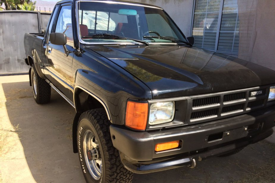 1985 Toyota pickup in black
