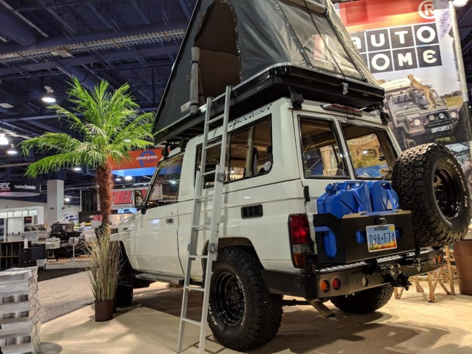 Land Cruiser Camper Rear End