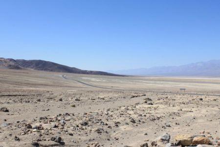 Uitgestrekt zicht over de droge vlakten