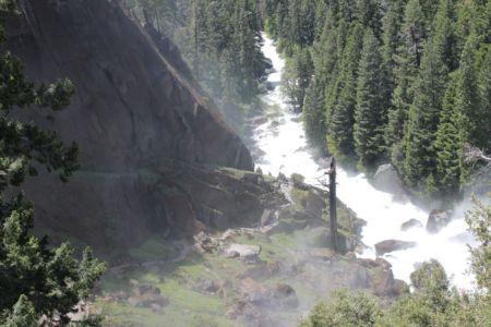 Uitzicht op de net bewandelde Mist Trail