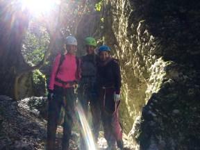 friends gorge climb