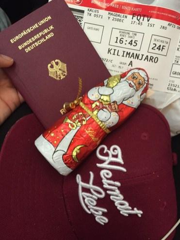 Nikolaus Traveling