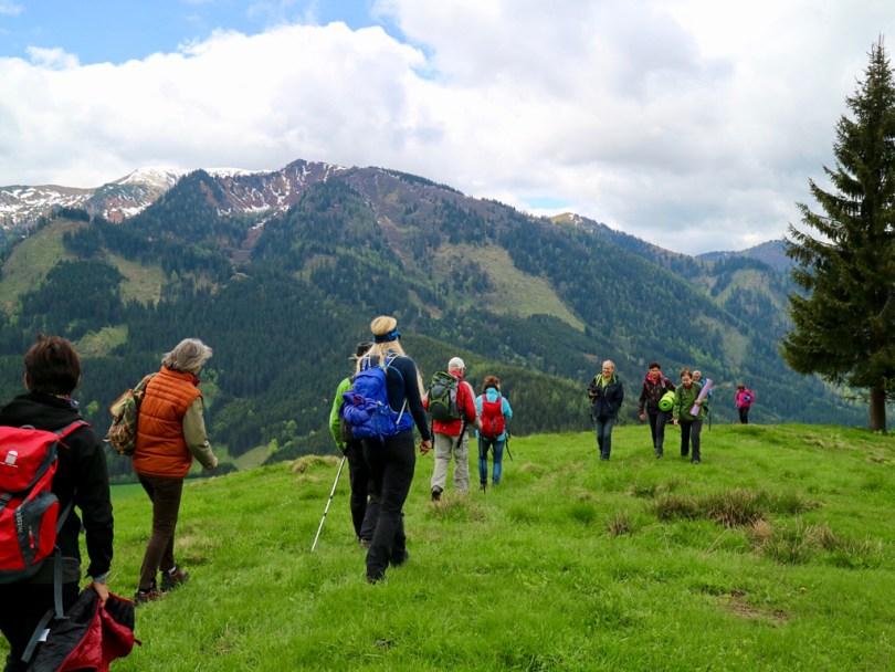 Jodelwanderung Yogawanderung Austria