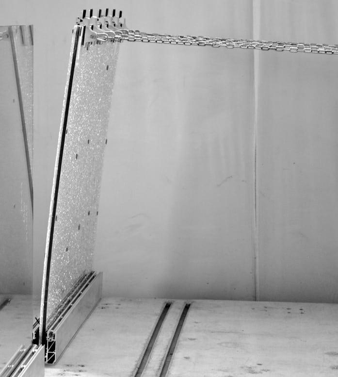 parapetti vetro prova spinta statica