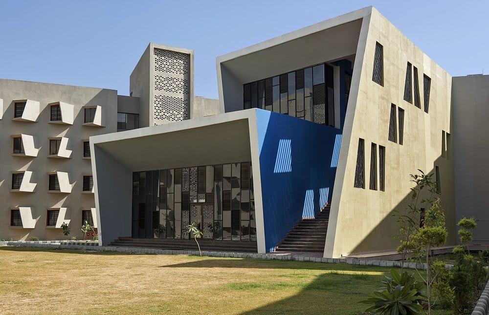 sanya puri architects india doppia altezza