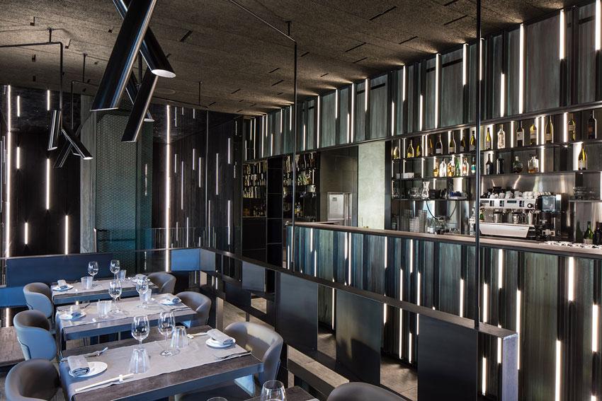Sushi Club a Cesano Maderno (Milano) di Maurizio Lai Architects