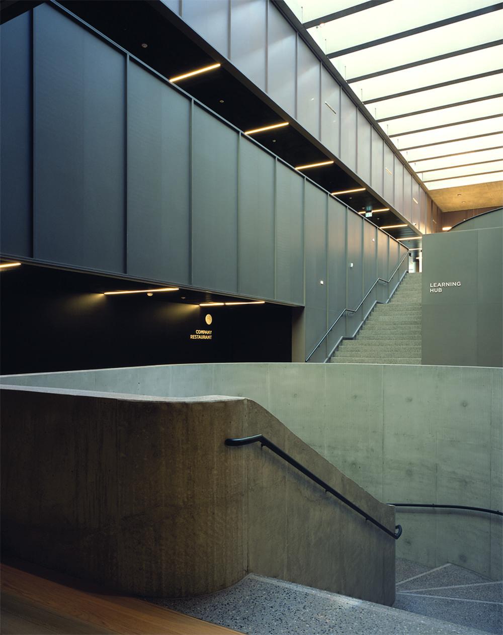 Pirelli-Building-Cinturato-Onsitestudio-Hélène-Binet