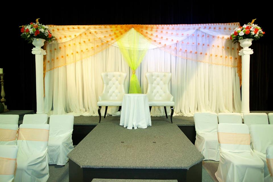 wedding bride and groom chairs energy pod chair price mr mrs you can t beat this party rentals
