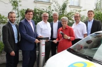 Eröffnung Elektroladesäule eniBella in Baden - YouCharge von ENIO