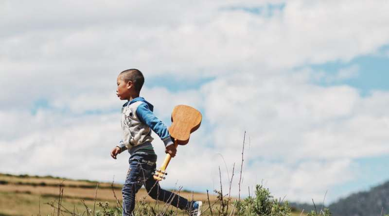 boy with guitar