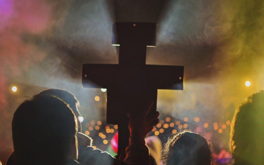 Giovedì del 30° con Don Emanuele per vivere l'esperienza dell'Amore di Dio che consola, libera e guarisce