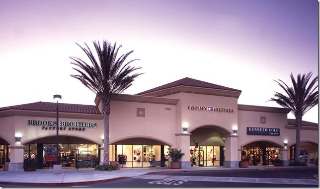 卡马里奥名牌折扣购物中心 Camarillo Premium Outlets