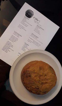 Cillie's menu and cake
