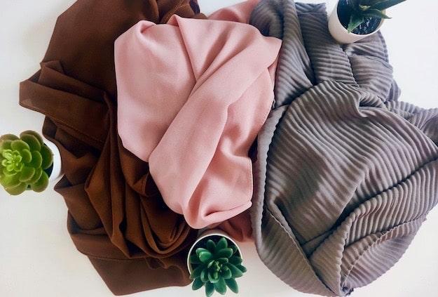 Astuces faciles pour ranger ses hijabs