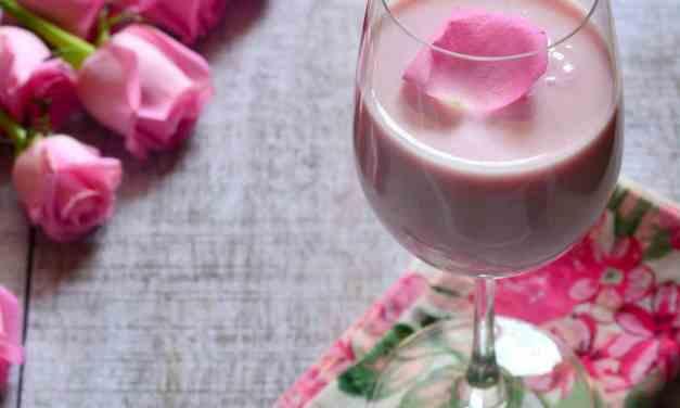 Chandni Chowk wali Rose Lassi at home