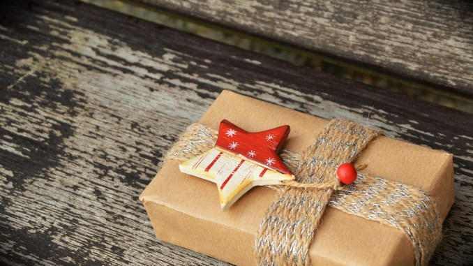 holiday-gift shopping online Groupon Goods