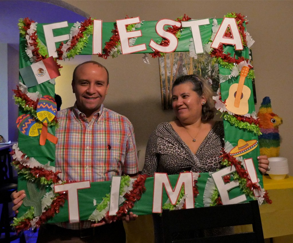 DIY fiesta time picture border
