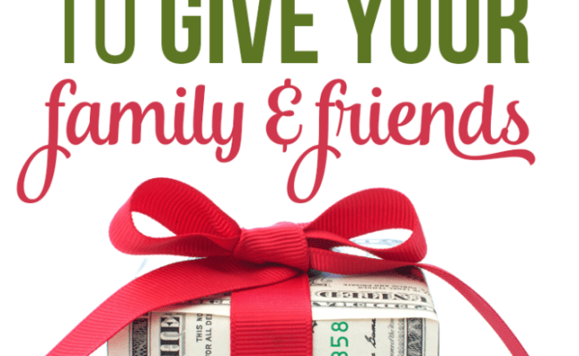 10 Personal Finance Gifts To Give Your Family And Friends