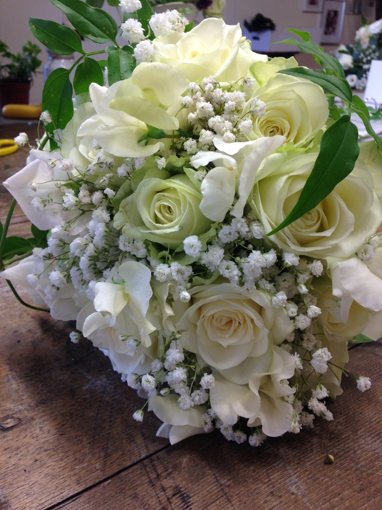 Young Blooms Wiltshire wedding