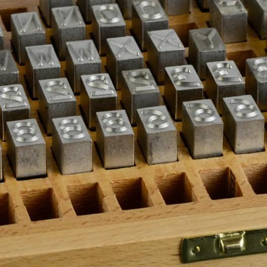 large-stamp-case-interior-detail
