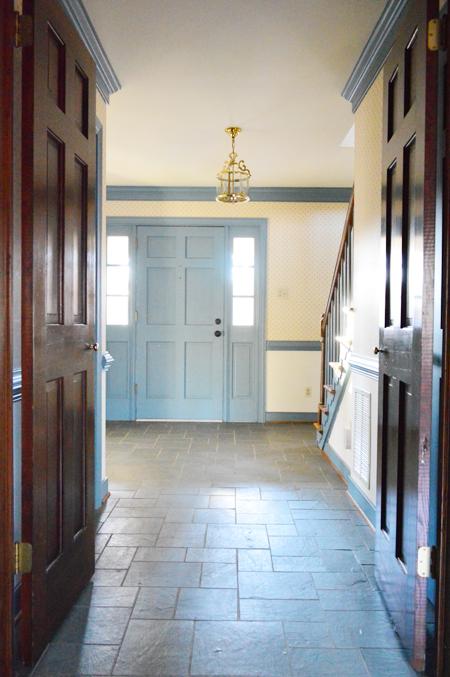 HouseTour-Before-Foyer