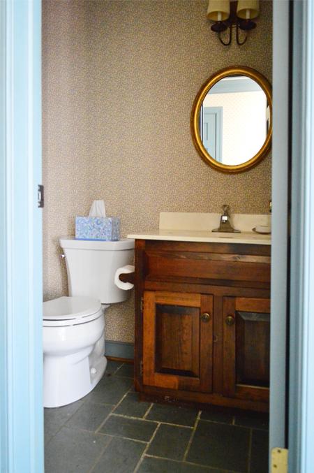 HouseTour-Half-Bath-Before
