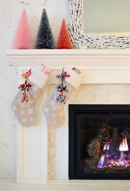 Tree-Stockings-Full