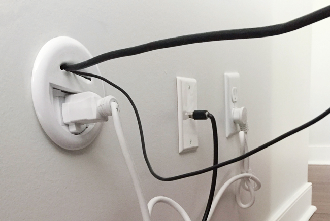 Mounted-TV-Bottom-Plug-In-Wall