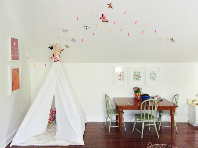 Playful-Family-Bonus-Room-Butterfly-Mapping