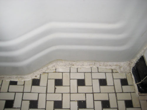 Clean Vintage Bathroom Tiles Caulk More Cleanly With Painters Tape