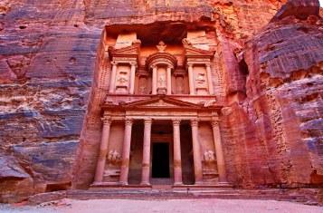 00-lede-petra-jordan-travel-guide