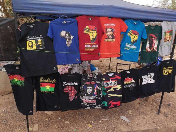 Shirts of Thomas Sankara and Che Guevara on sales in Ouagadougou