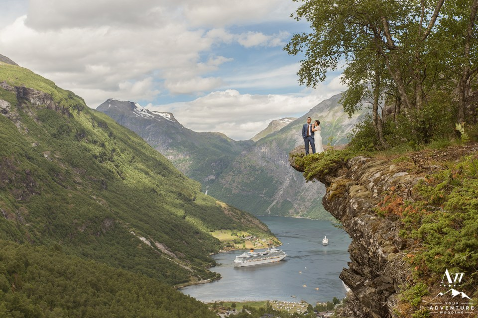 norway-wedding-photographer-geirangerfjord-your-adventure-wedding